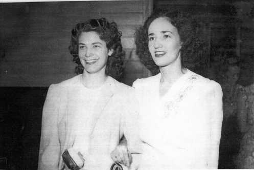 Beryl Elliot and Sister (QLD Swords Club 1949)